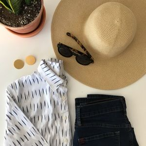 J.CREW white and blue button-up long sleeved shirt